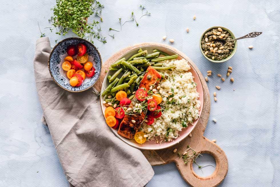 Gesundes Essen, Lachs, Reis, Gemüse