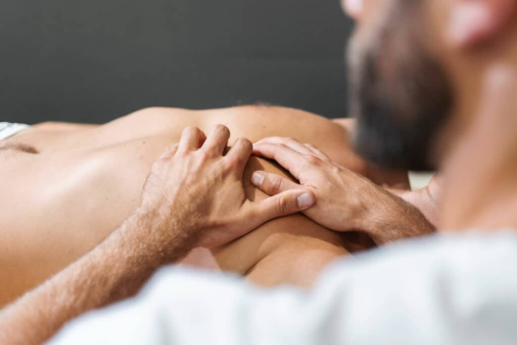 Rolfing Behandlung Brust